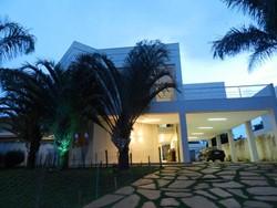 Condomínio Residencial Mansões Itaipu Jardim Botanico Brasília   Mansões Itaipú, condomínio fechado no JB, 5 quartos, sendo 4 suítes! Perfeita para você!