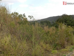Alameda das Bouganvilles Setor Tororo Brasília   Ótimo terreno com vista, regularizado. Aceita financiamento!